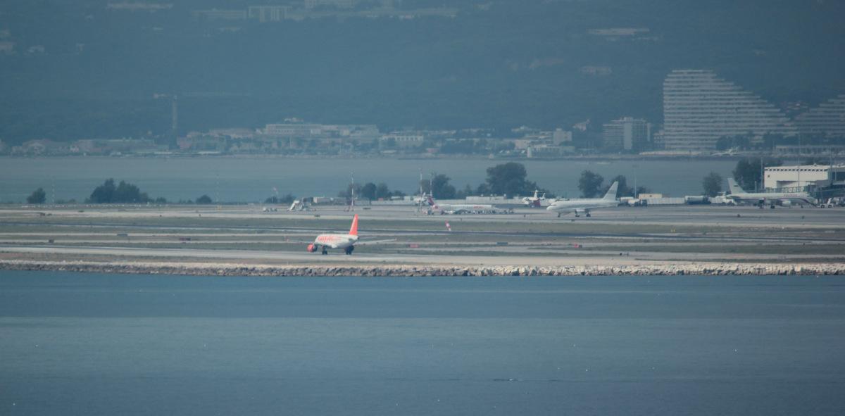 Aéroport de Nice Côte d'Azur , [LFMN-NCE] - Page 5 723650IMG6421