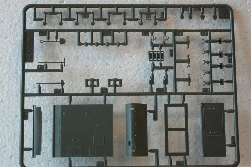 AMX 13 canon de 75 - (Réf. L784) 1/35 725282AMX1375784015Heller135