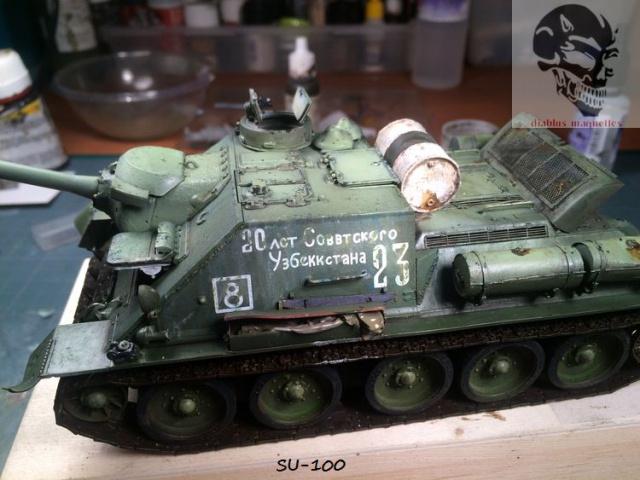SU-100 marque Dragon 1/35 - Page 2 726477IMG3900