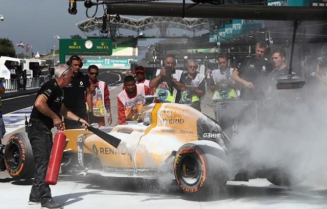 F1 GP de Malaisie 2016 (éssais libres -1 -2 - 3 - Qualifications) 7271942016KevinMagnussen1