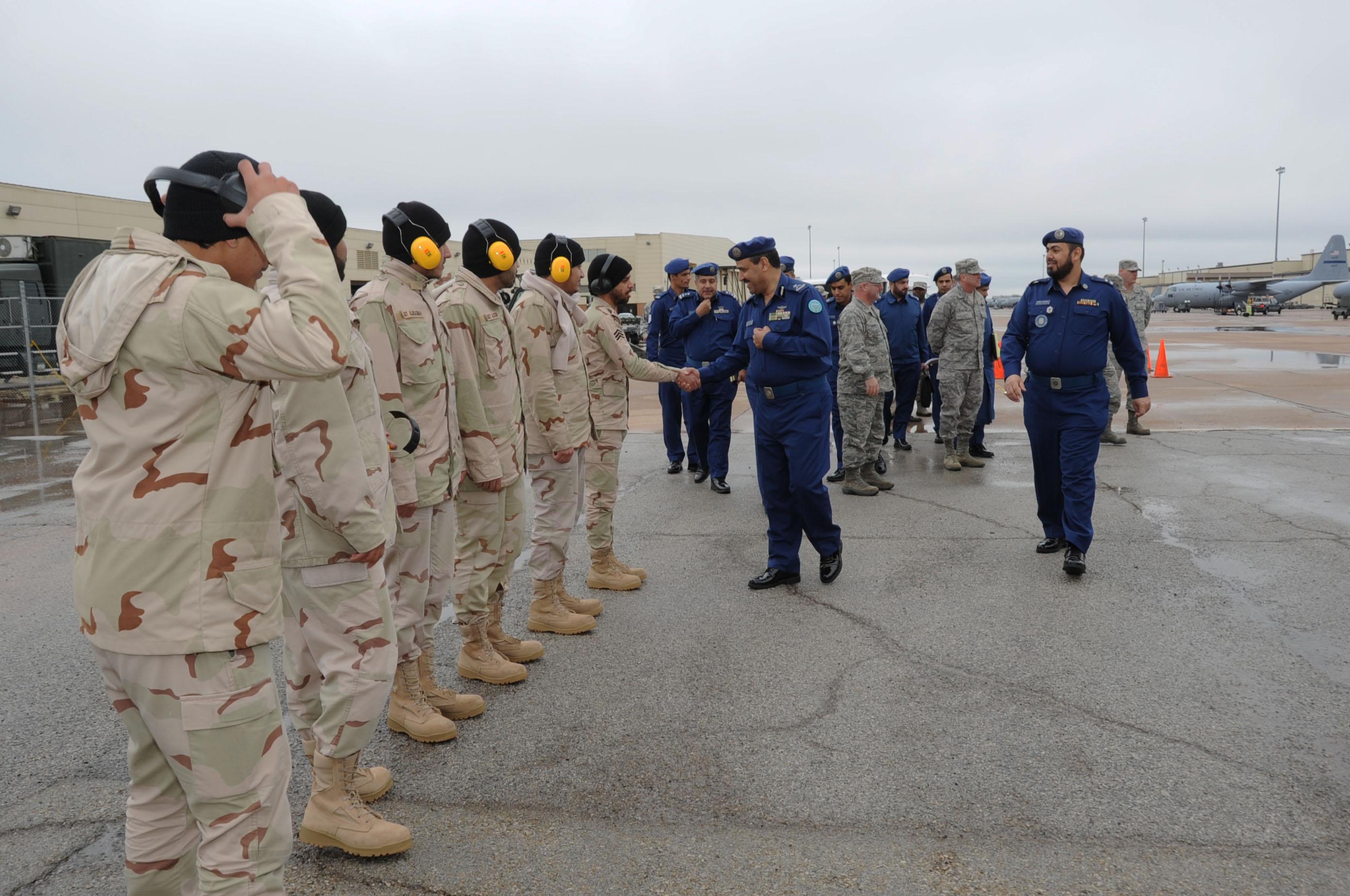 الموسوعه الفوغترافيه لصور القوات الجويه الملكيه السعوديه ( rsaf ) 729121130221FLL225001