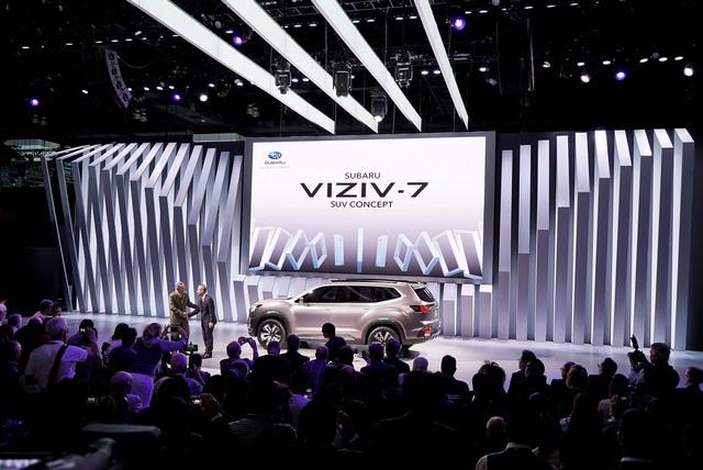 Subaru a dévoilé le concept VIZIV-7 SUV au salon Los Angeles 2016  730421motorshowlivepressconfphoto3