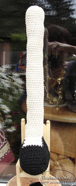 """Miss """" Lancy"""" poupée au crochet 731055jambe1"""