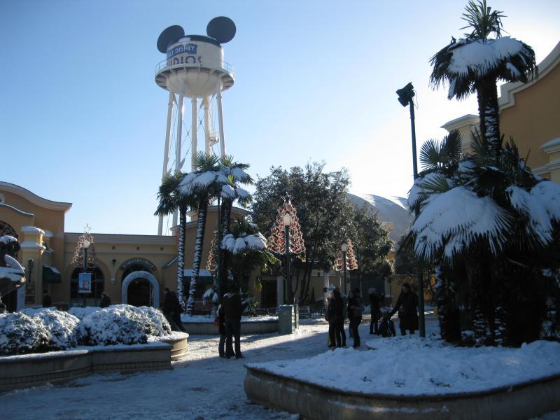 [Disneyland Paris] Disneyland Hotel - chambre Castle Club (8-10 décembre 2010) (début du TR p.9) - Page 9 738669IMG2218