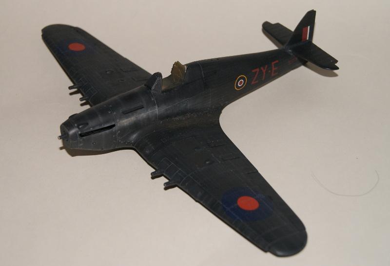 Hawker Hurricane IIC italeri 1/48 - Page 3 739867Hurricane37