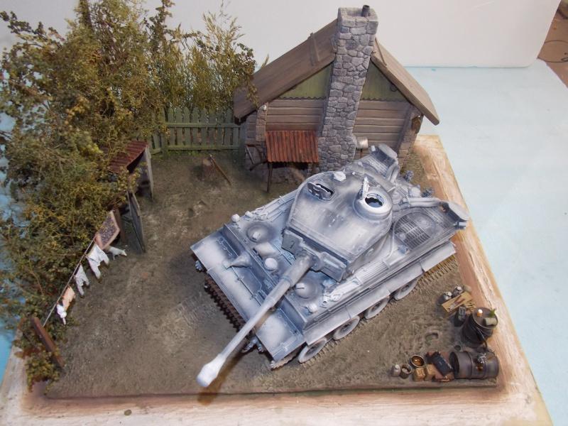 TIGRE S33  avant la bataille de Koursk juillet 43 (Dragon 1/35 dio DIODUMP) - Page 4 739945DSCN4626