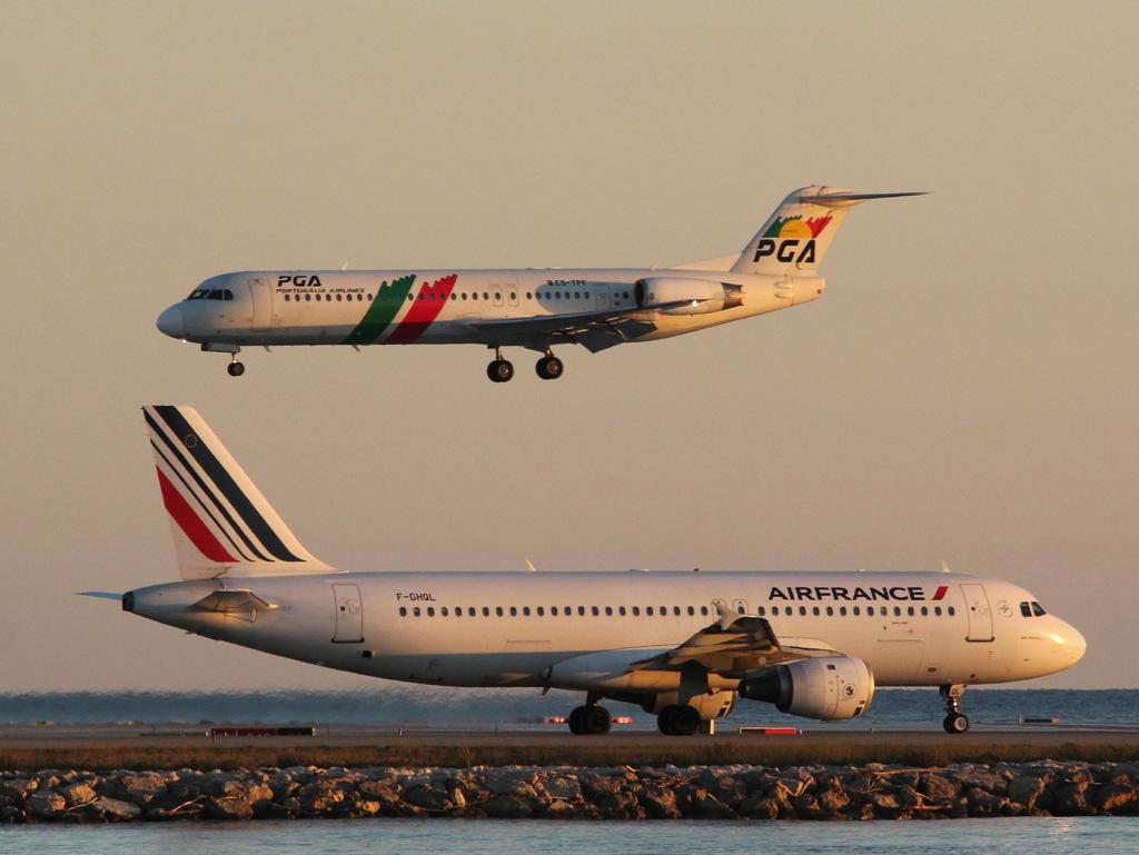 Aéroport de Nice Côte d'Azur , [LFMN-NCE] - Page 6 743282IMG1660