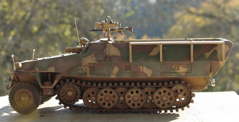 Sd.Kfz. 251/20 Ausf D 'Falke' AFVclub 1/35 746707IMG0131