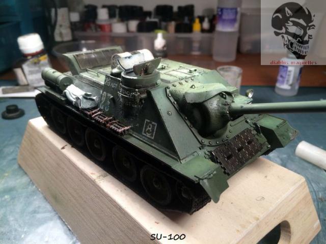 SU-100 marque Dragon 1/35 - Page 2 748138IMG3904