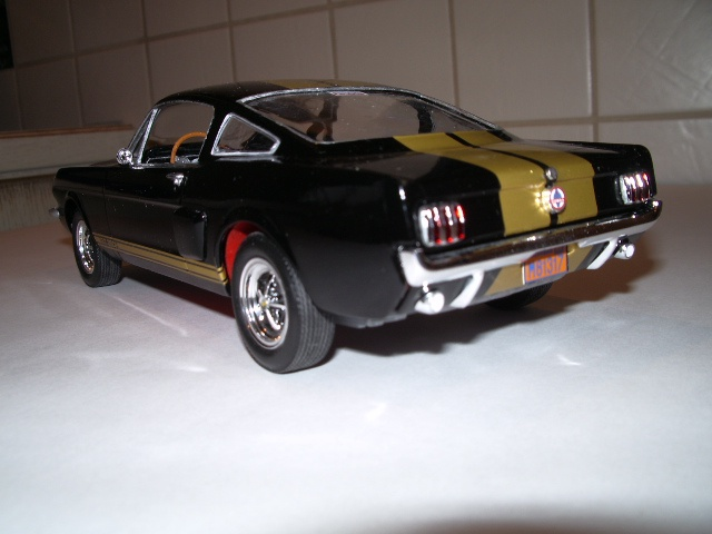 ford mustang GT 350 H au 1/24 - Page 2 754266fordmustanggt004