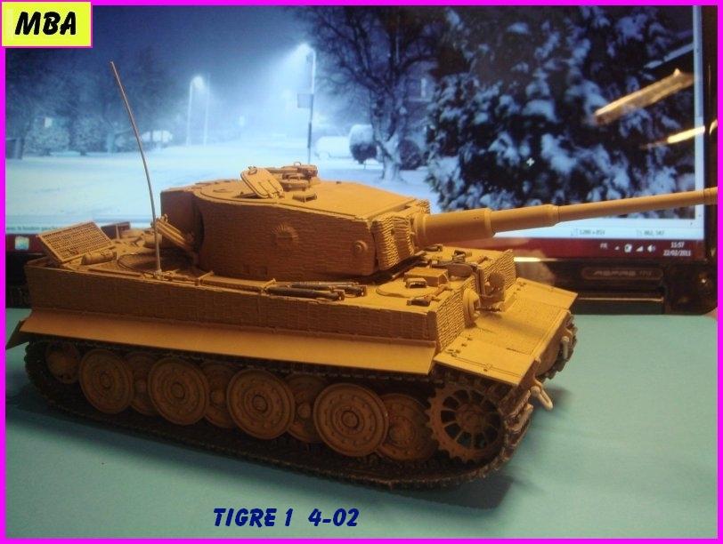 Char Tigre 1 au 1/35ème Dragon 759862Tigre402