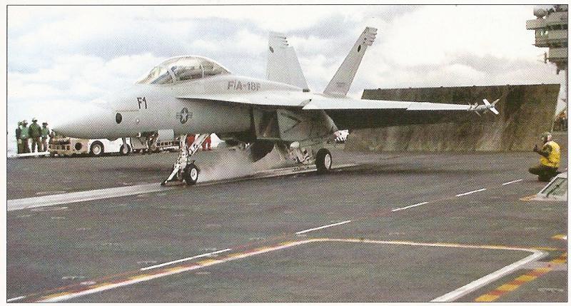 BOEING F/A-18E et F SUPER HORNET  763116BoeingF18SuperHornetcatapultage2