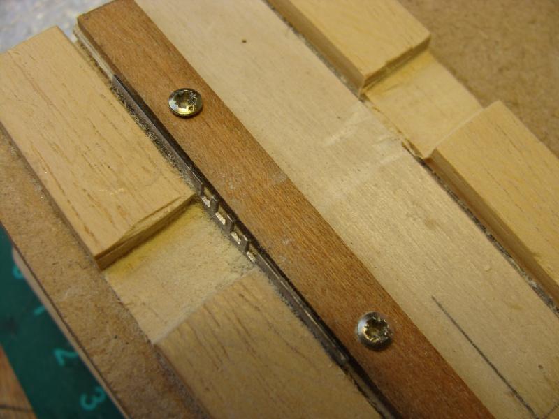 Comment fabriquer ses propres Caillebotis - Page 2 764589DSC01847