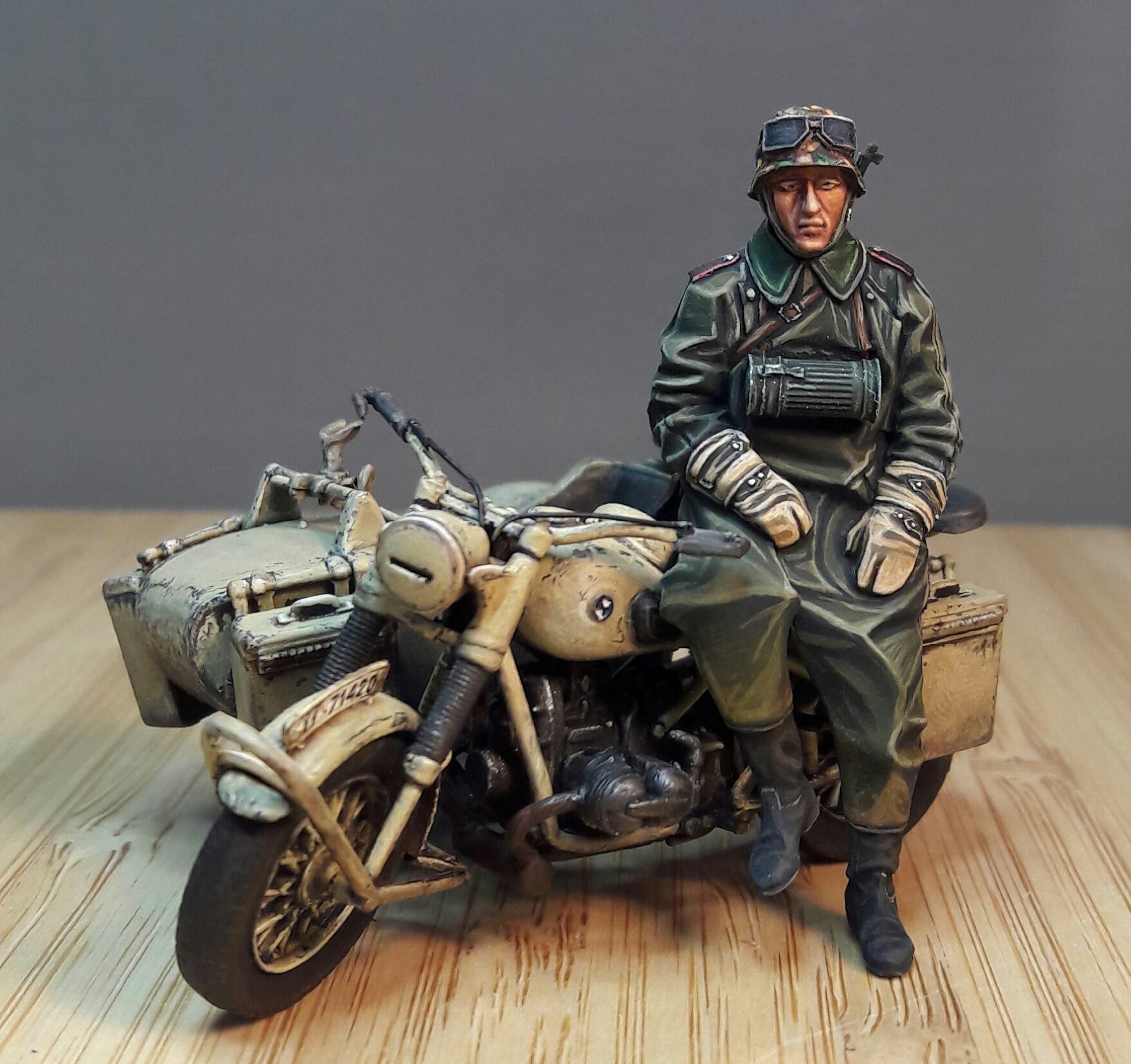 Zündapp KS750 - Sidecar - Great Wall Hobby + figurines Alpine - 1/35 76626519720443102116827703193201409870757o