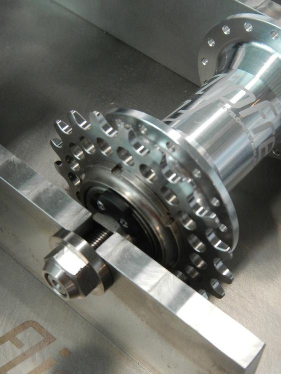 Moyeu mixte roue libre et fixe de chez KAPPSTEIN 767909DSCN4651