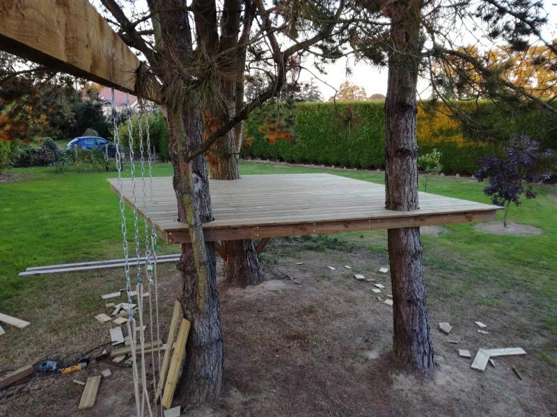 Projet de toboggant pour la cabane dans les arbres de mon fils, vos idées? 769091IMG20161006191211