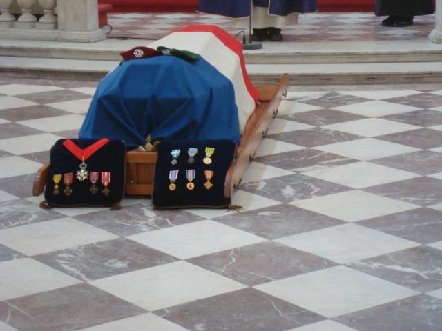 MUELLE Raymond commandant décès 771061DSC09245