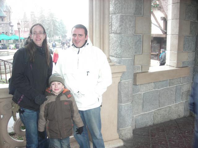 [Disneyland Paris] Premier séjour au DLH (31 janv.-2 fév. 2011) + un anniversaire inoubliable ! - Page 2 77417425