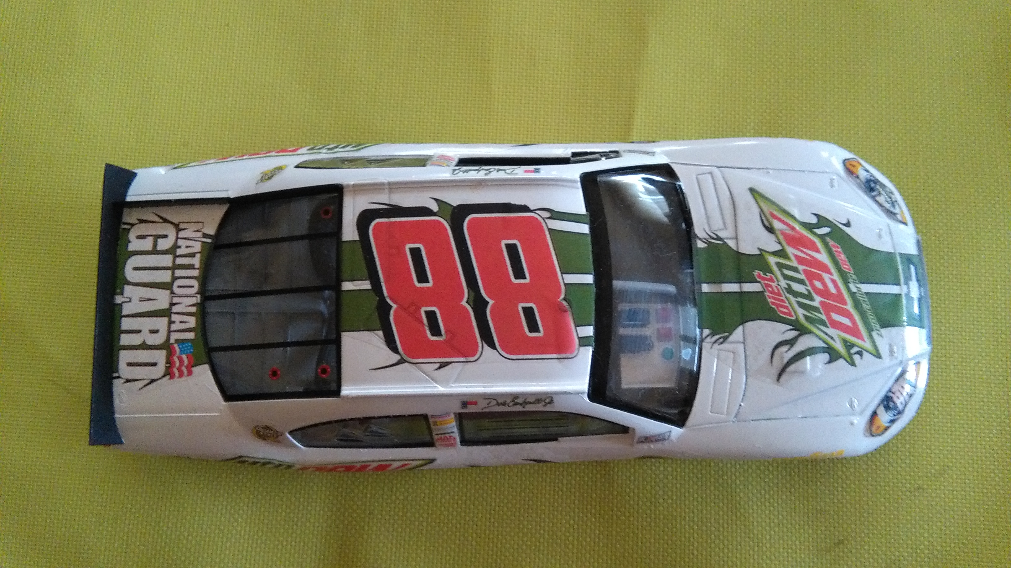 Chevy Impala 2010 #88 Earnhardt jr Mountain dew diet 775517IMG20160320150429
