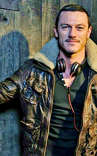 The Rocky Horror Picture Show - Page 3 778332lukeevansshoot02