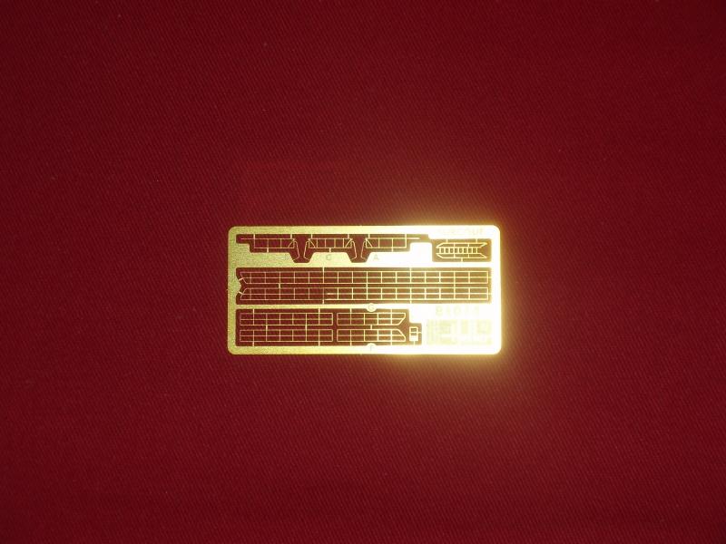 "Sous-marin Surcouf Ech 1/400 version ""upgrade"" 786109Photo051"