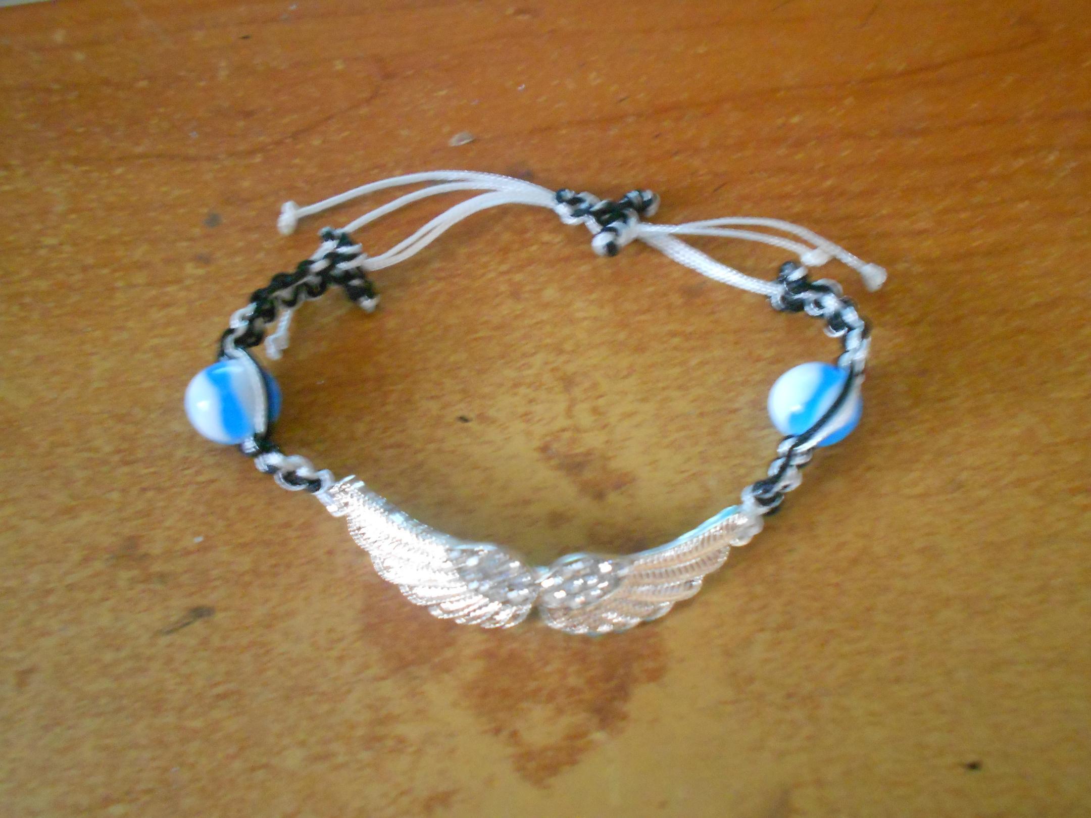 un bracelet en hommage a votre ange - Page 3 790252braceleteden01