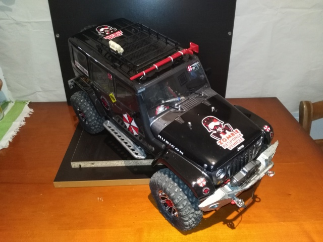 axial Scx10 - Jeep Umbrella Corp Fin du projet Jeep - Page 7 794017IMG20161107134825