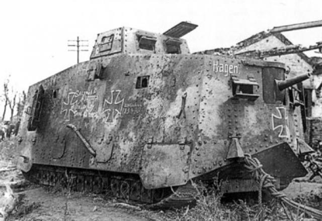 A7V [TAURO MODEL 1/35e] Le premier Panzer 7975101a
