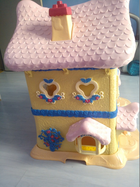 Custom [Berry Happy Home - Cupcake Cottage] - Page 3 804899WP000398
