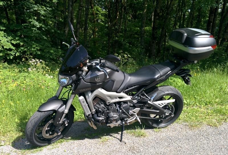 Photos de toutes les Yamaha MT-09 du forum ! :) 823437YQuarkal