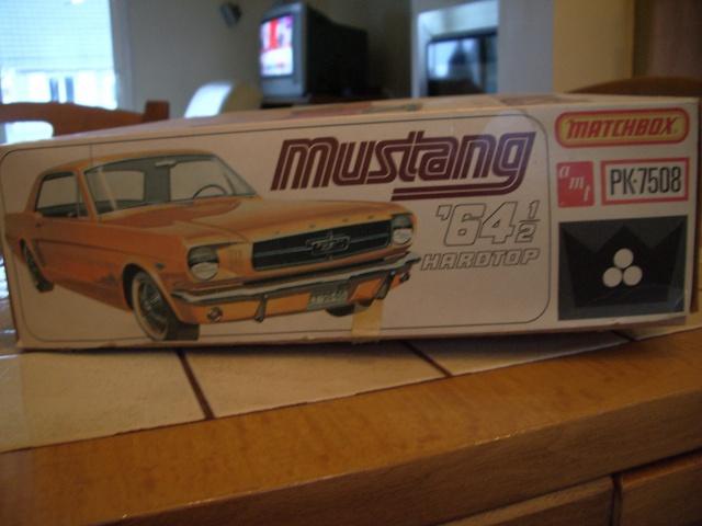 ford mustang 1964 au 1/16 de chez matchbox  82595034m4
