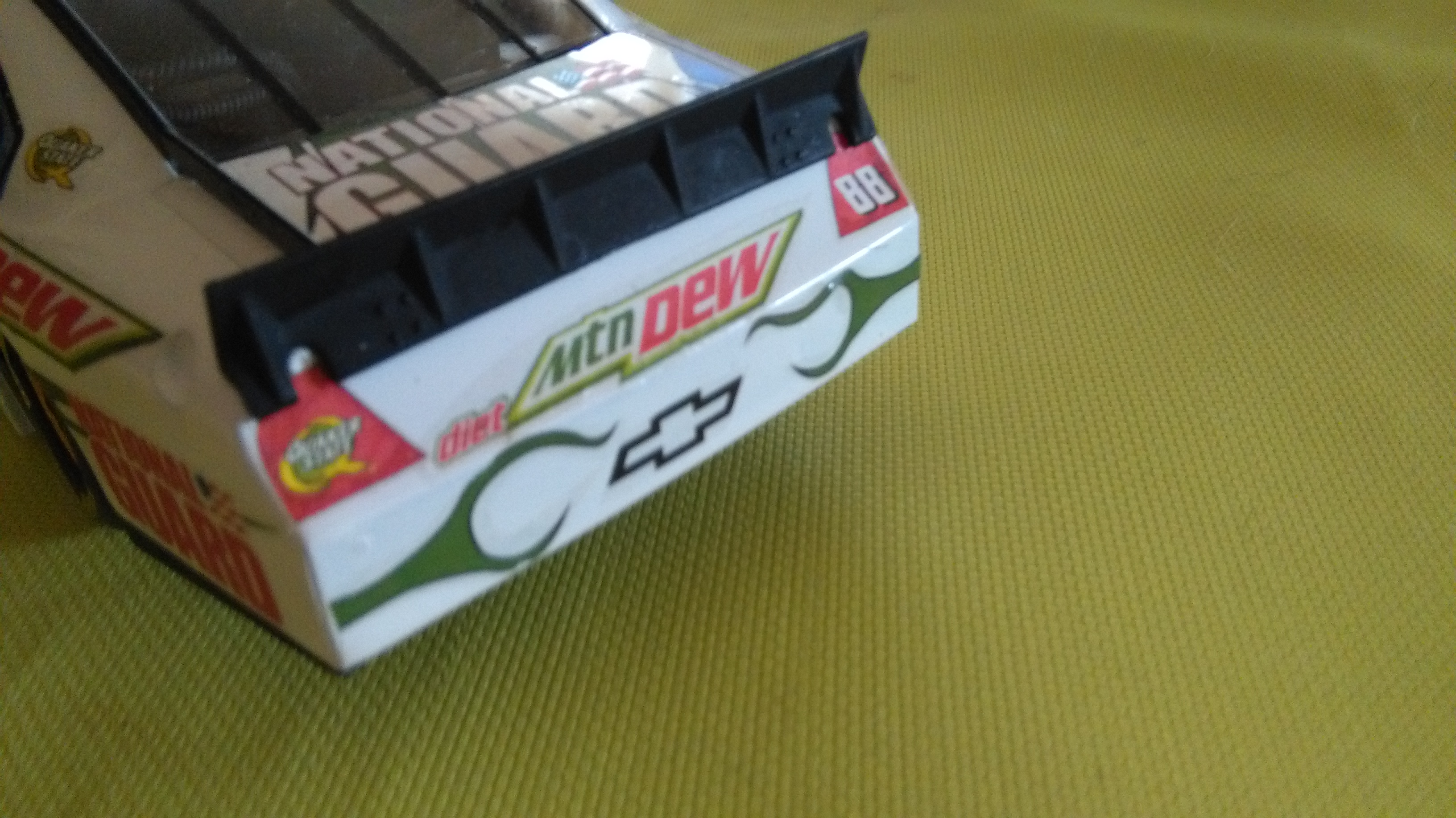 Chevy Impala 2010 #88 Earnhardt jr Mountain dew diet 827298IMG20160320150414