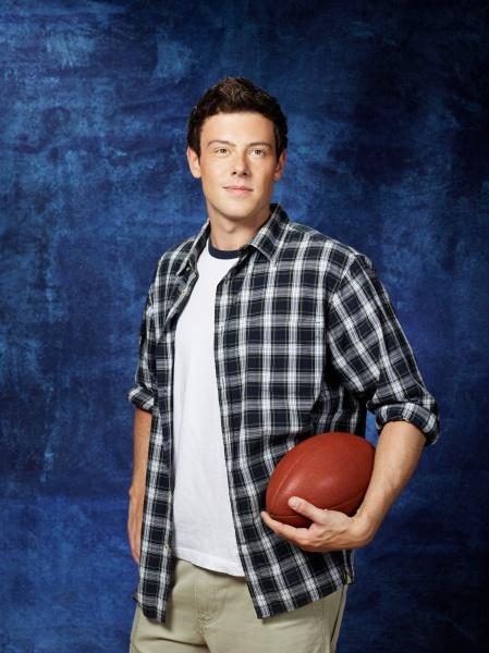 Glee Season 3: Class Photos 829577normal02