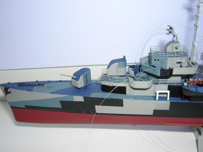 DD- 541 USS YARNELL 1/350, base Trumpeter 832236DSCN7075