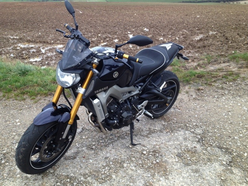 Photos de toutes les Yamaha MT-09 du forum ! :) 838975YTex62DA