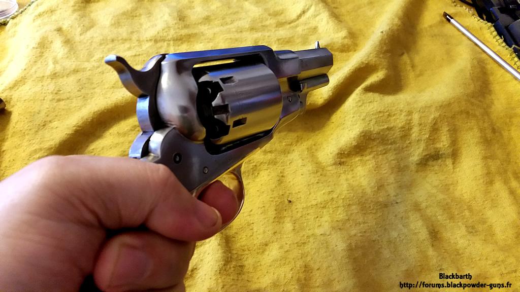 """Texas Avenger"" Cal 44 une Customisation du Remington 1858 839600RemSnub11"