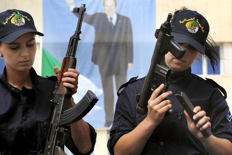 صور الشرطة الجزائرية............... 83992810093135462611