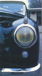 Mercedes 170 et 220. La renaissance 839997220dtailphare