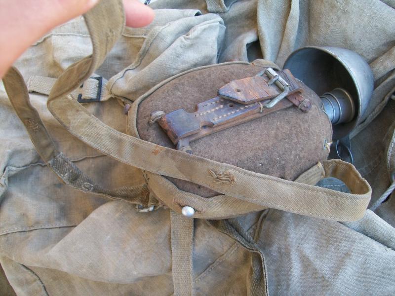 Le matériel et l'uniforme des prisonniers de guerre 8415431002157