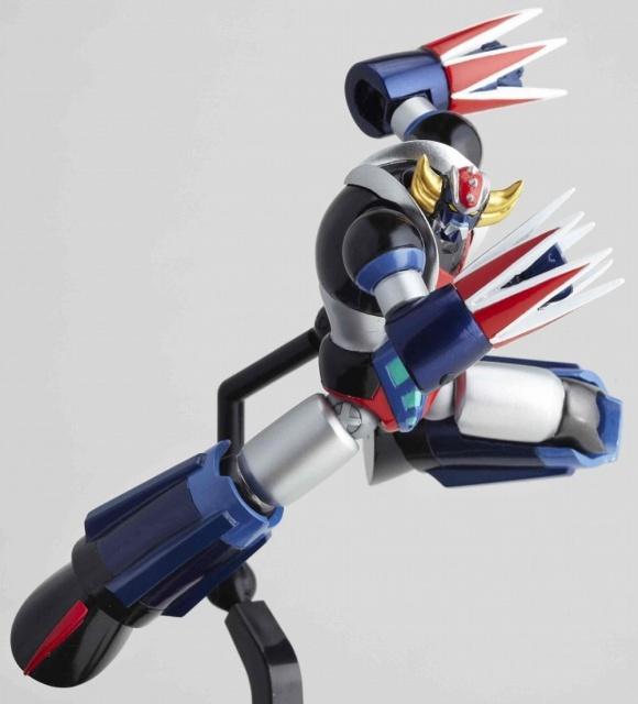Figurine Revoltech #085 : Grendizer 845038grendizer5