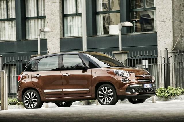 La Nouvelle Fiat 500L 846875170522FiatNew500LLounge01