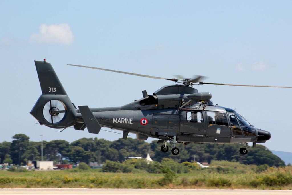Eurocopter SA365F Dauphin 847036IMG9798