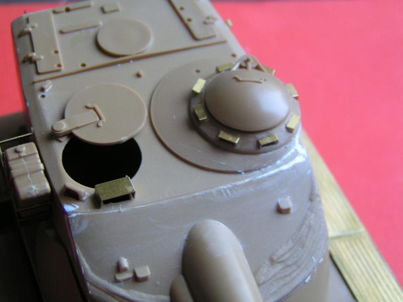 Kit de détaillage de l'AMX 13/75 de Heller 35ème 849953PICT0023