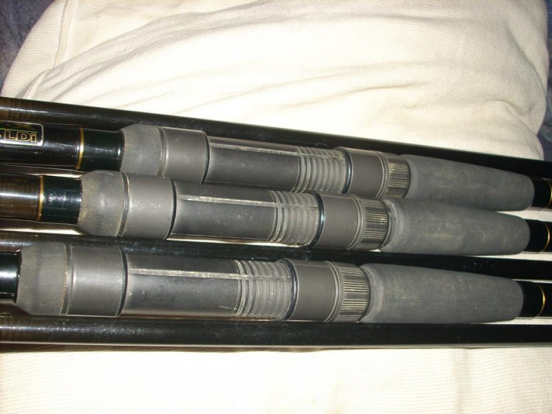 3 cannes Daiwa Infinity X Interline 12' - 2.75lbs 852446109912878351690132072342578172999752275741n