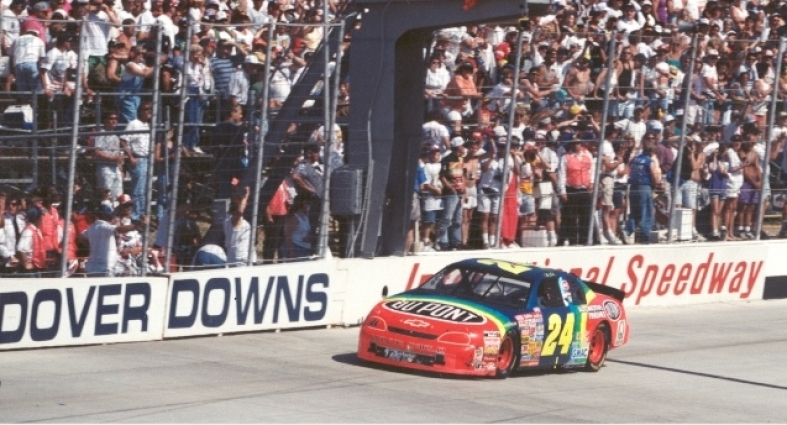 Chevy Monte-Carlo 1996 #24 Jeff Gordon Dupont Dover wins  8525331996DOVERWIN