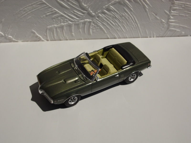 Pontiac Firebird 68 cab. (Fini)  - Page 2 852844SAM3980