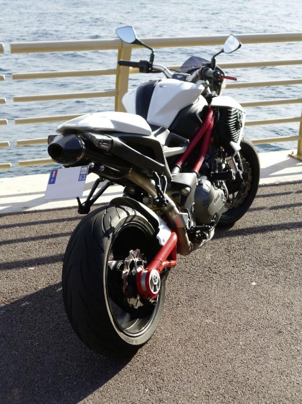TnT 899 (2011) Red & White 854730P1020189LR