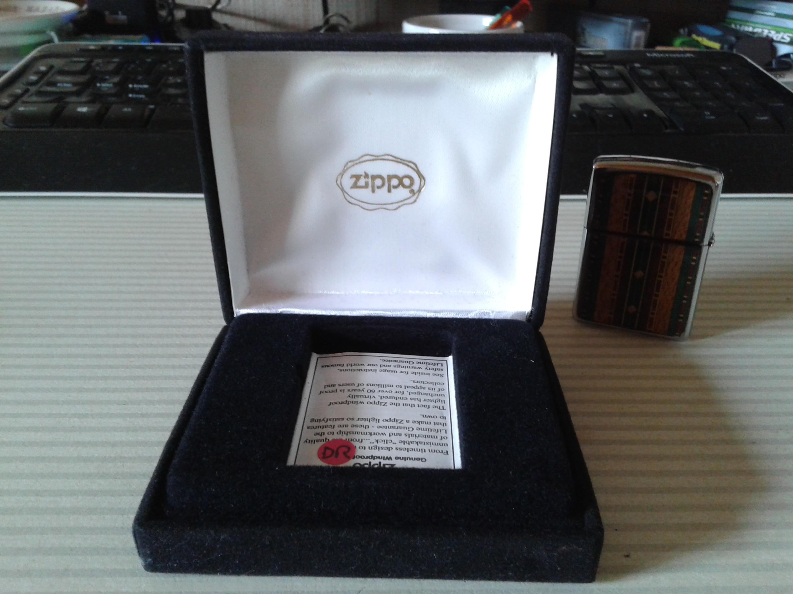 Les boites Zippo au fil du temps - Page 2 85882420170727130700