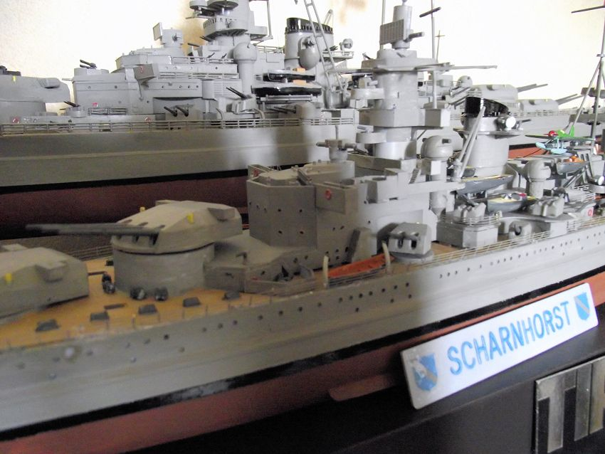 Croiseur de bataille Scharnhorst Heller au 1x400 860900Scharnhorst1x40023