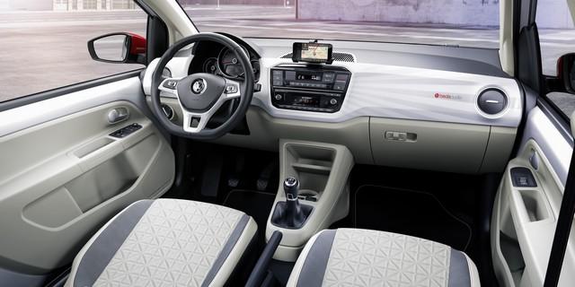 Volkswagen et BeatsAudio™ – Petites voitures au son époustouflant  861496hddb2016au00126